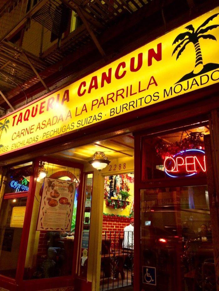 cancun-700x933